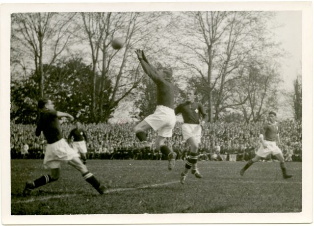 Ireland v Switzerland, Basle 5 May 1935. © Photopress Zürich (UCDA P137/106).