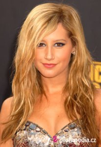Ashley Tisdale     Promi Frisuren zum Ausprobieren in eFrisuren Ashley Tisdale
