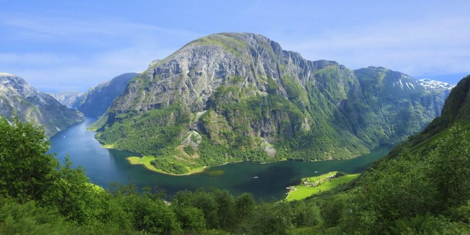The Nærøyfjord. Salah satu Fjord paling populer di Bergen