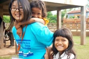 カンボジア修:子供たちとの交流