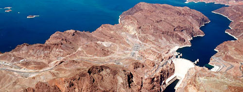 Represa Hoover e o lago Mead. Foto do U.S. Bureau of Reclamation.