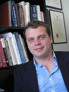 Nathan Gianneschi (University of California in San Diego)