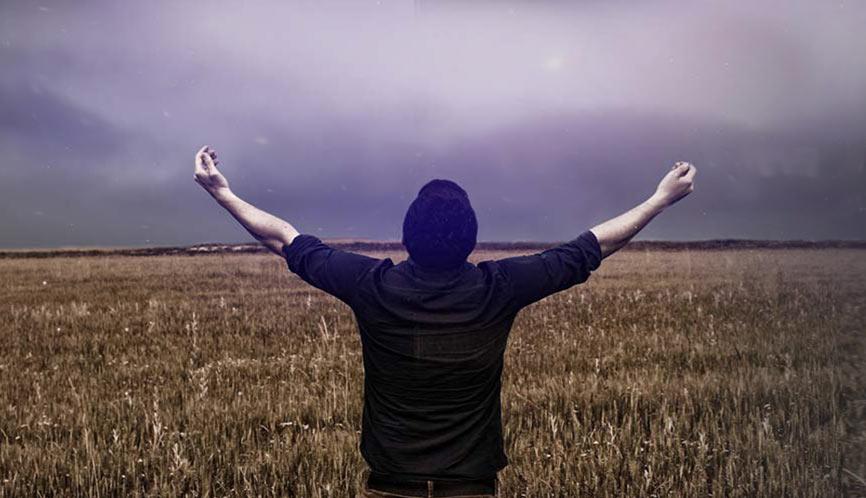 """""""I nie wódź nas na pokuszenie, ale nas zbaw ode złego"""" – (Mat. 6:13)"""