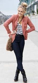 5ピンクのテーラードジャケット×デニム×ボーダーT