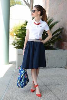 4夏ポロシャツ×ネイビーフレアスカート