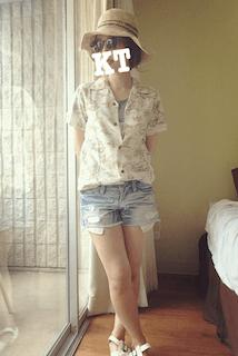5アロハシャツ×デニムショートパンツ