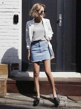 7白のサマージャケット×ボーダーTシャツ×ミニスカート