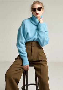 6ワイドパンツ×タートルネックセーター