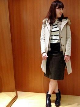 インナーダウン×ボーダーTシャツ×タイトスカート