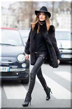 黒色のファーコート×レザーパンツ×ハット