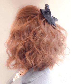 入学式でスーツに合うレディースのポンパードール&ボンバレッタの髪型