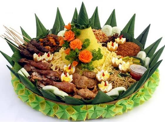 6 Resep Nasi Kuning Sederhana Komplit Paling Gurih Pulen Dan Praktis