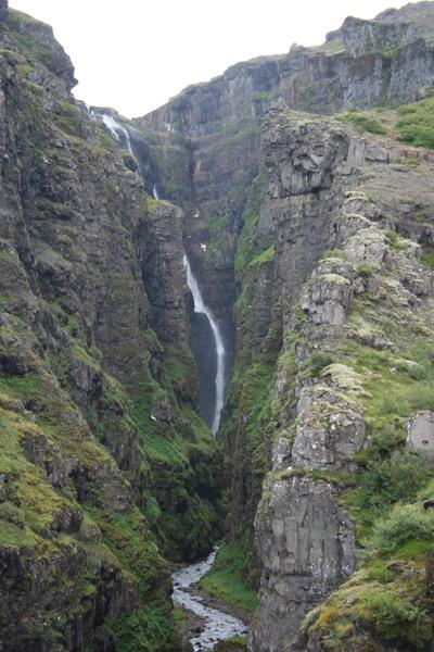 Глумур - самый высокий водопад Европы. Фото