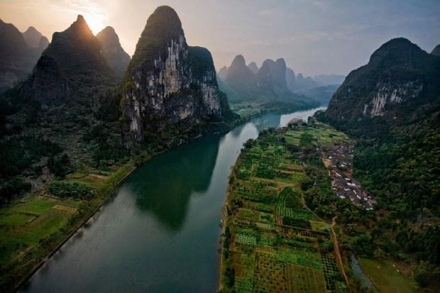 Живописная река Ли в Китае. Фото