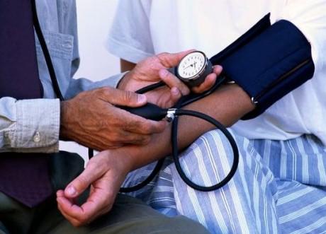 Признак сердечной недостаточности у пациента старше 45 лет