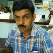 D.P.Satish of CNN-IBN misguides viewers by spreading false news to cover his friend blackmail journalist B.V.Seetharam