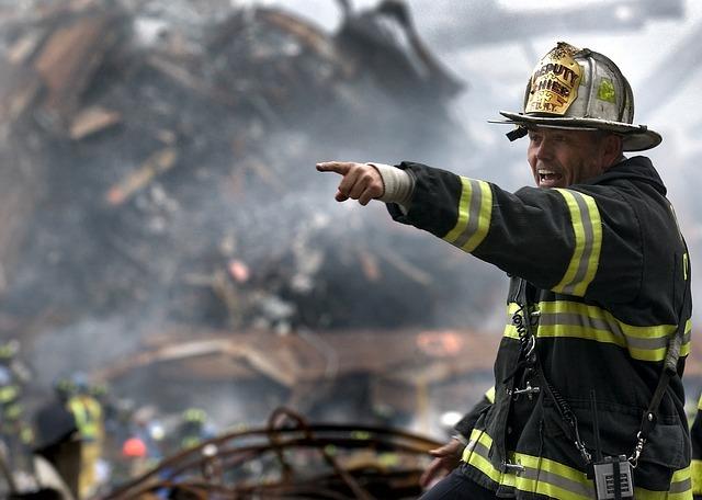 Feuerwehrmann im Fluchtfall