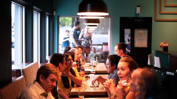 Mehr Kontrollen für mehr Sicherheit: Landkreis prüft Einhaltung der Corona-Regeln in der Gastronomie