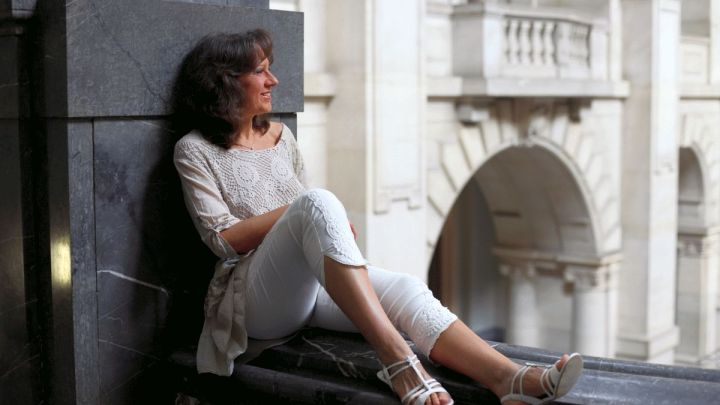 Kira Leona – Piano-Musik zum Wochenendstart