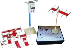 Antenna Trainer with Antennas