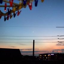 ベランダから見た月