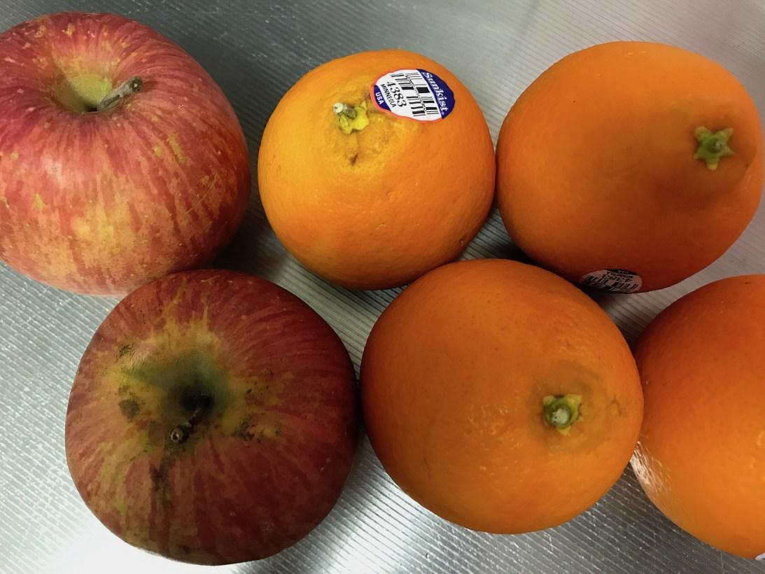 今日のスムージー 2017.05.06. オレンジとリンゴのイエロースムージー