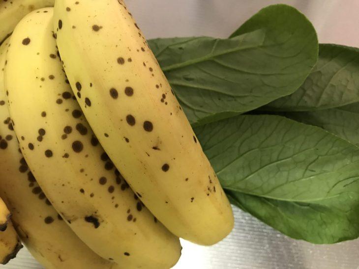 今日のスムージー 2017.07.29. 忙しくてちょっと間が空いたけど、定番の「バナナと小松菜」のスムージー
