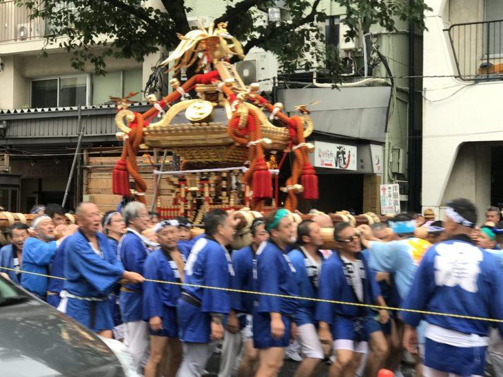 深川八幡祭り 今年は3年に1度の年 富岡八幡宮例大祭の8月12日(土)に行われた神幸祭に行ってきました