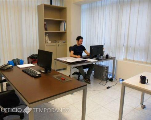 Postazioni condivise coworking a Prato - Ufficio Temporaneo