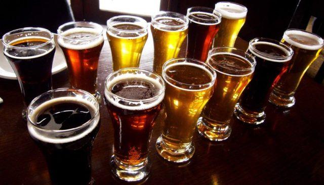 Distintas cervezas artesanales