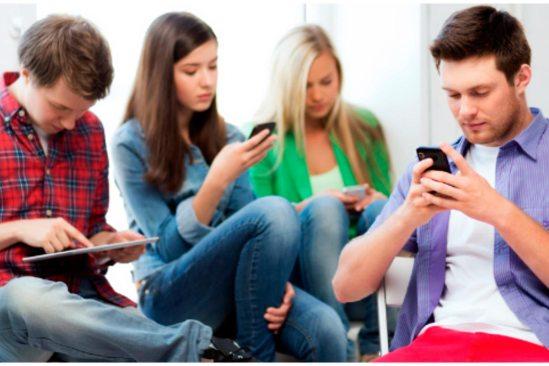 uso de redes sociales en adolescentes