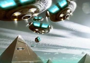 ufo over pyramids
