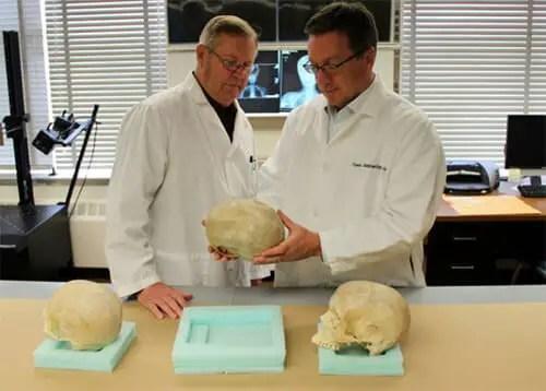Scientifiques forensiques