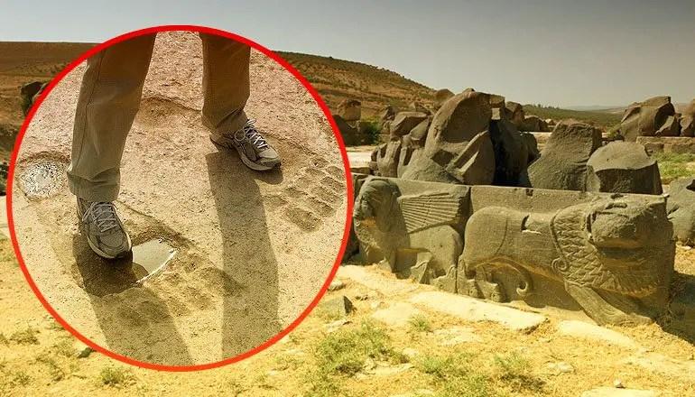 giant footprints