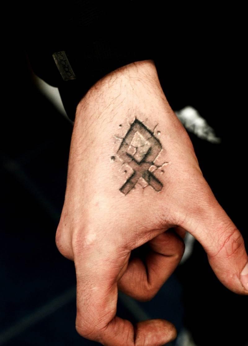 татуировки обереги и талисманы татуировки руны и их значение