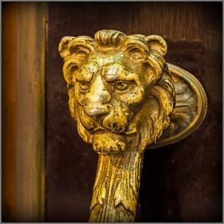 Royal coach door handle detail