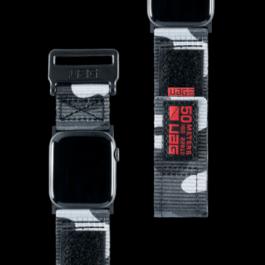 UAG Apple Watch 44/42mm Active Strap – Midnight Camo