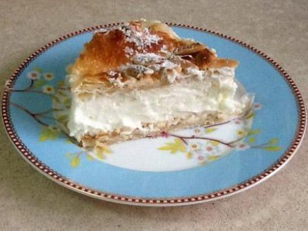 פרוסת עוגת קרמשניט