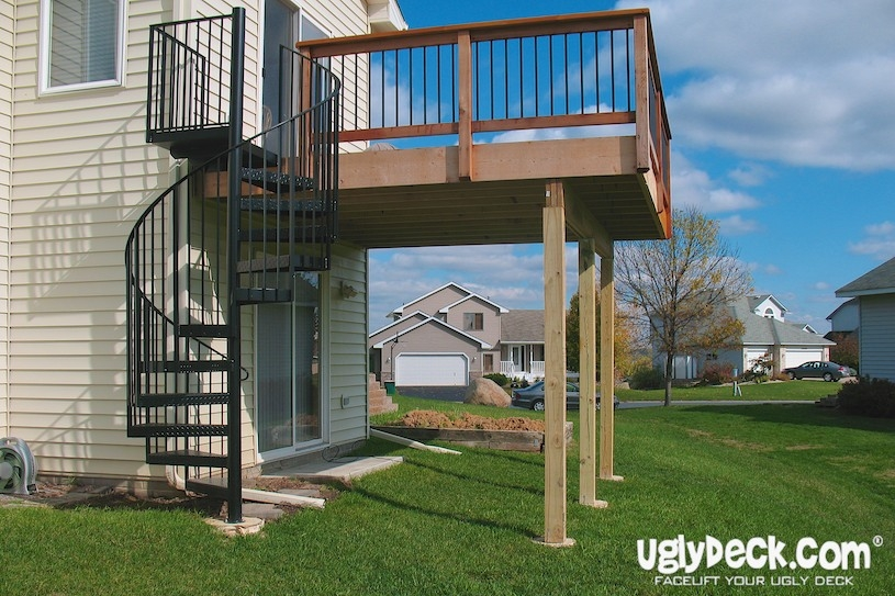 Twin Cities Outdoor Spiral Staircases – Minnesota Deck Builders | Spiral Deck Mate Stair | Powder Coated | Stair Treads | Staircase Kits | Trex Spiral | Stair Case