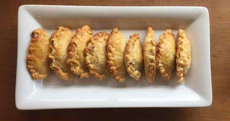 Argentinian chicken empanadas: in the kitchen with kiddo