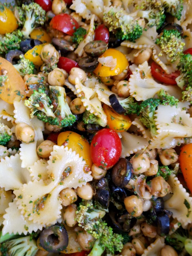 Vegan Pasta Salad with Chickpeas