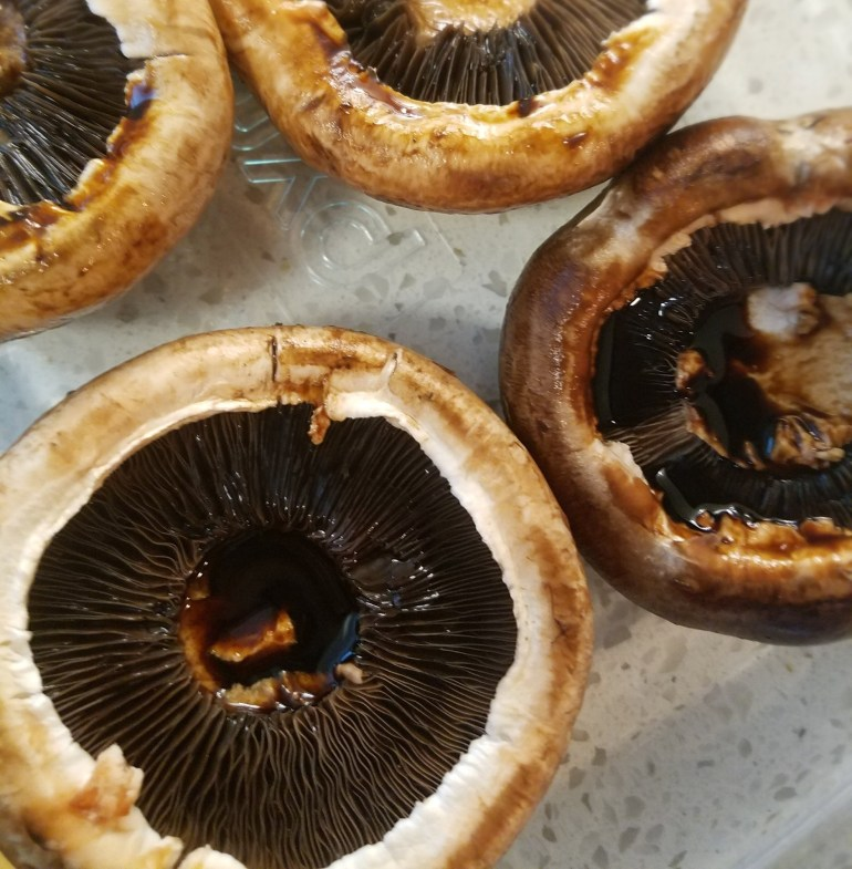 How to Cook Stuffed Portobello Mushroom Caps