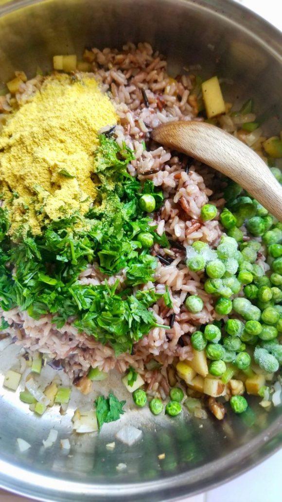 Vegan Stuffed Acorn Squash Rice