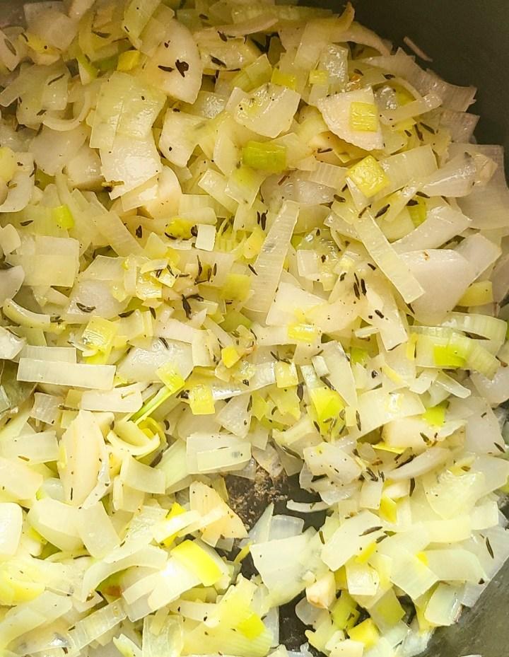Vegan Potato Leek Soup Chunky
