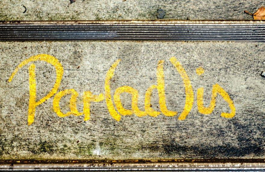Par(ad)is