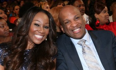 Is yolanda adams dating donnie mcclurkin