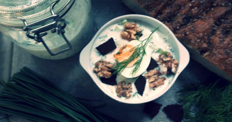 Chłodnik z ogórka i orzechów