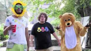 "VIDEO: Red Pill – ""Day Drunk"""