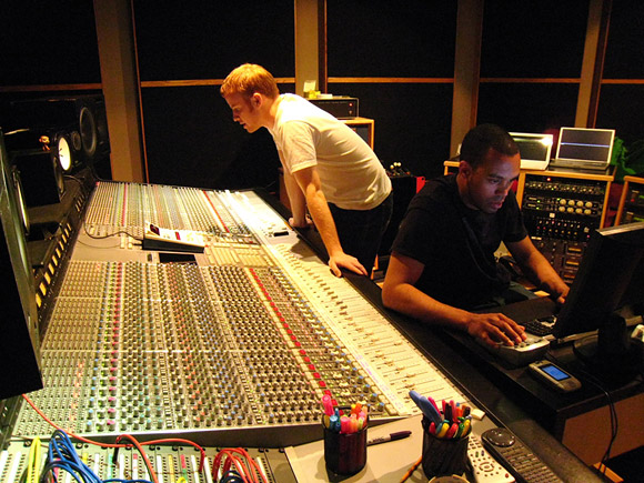 "Skratch Bastid and Roger Swan mixing ""Situation"" at Hipposonic studios in Vancouver"