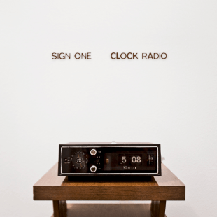 Sign One - Clock Radio
